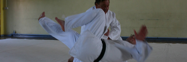 Shihan Derek Joyce demonstrating judo throws.